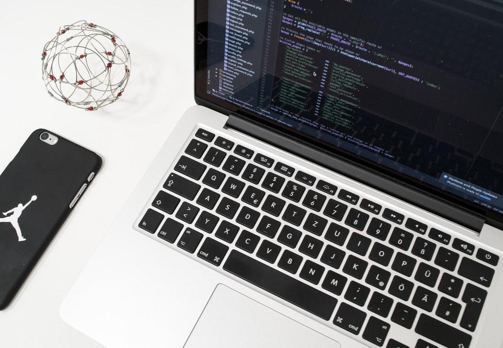 Cách ngôn ngữ lập trình C hoạt động